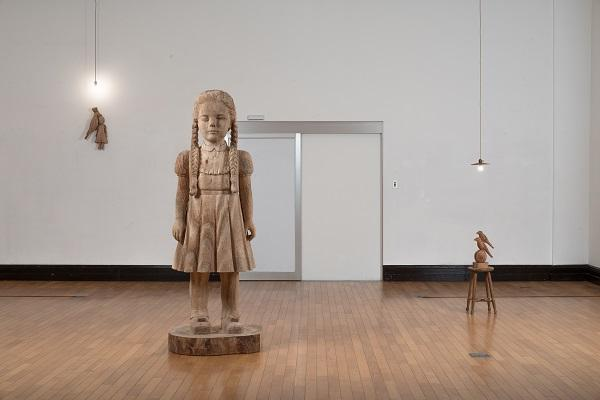 sculpture_exhibit(600size).jpg