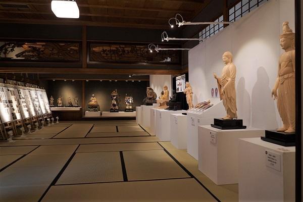 hozontyoukoku_exhibition(600size).jpg